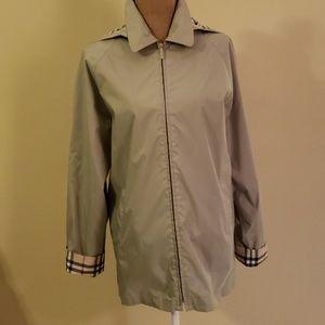 Burberry  rain/ jacket